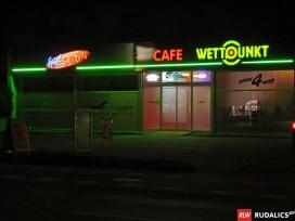 Leuchteinzelbuchstaben kombiniert mit Neonlisene